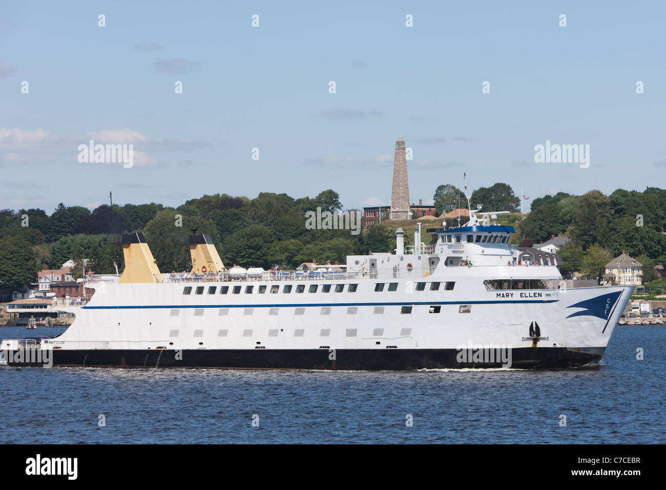 Cross Sound Ferry vessel Mary Ellen on the Thames River heading outbound from New London, Connecticut. - Stock Image