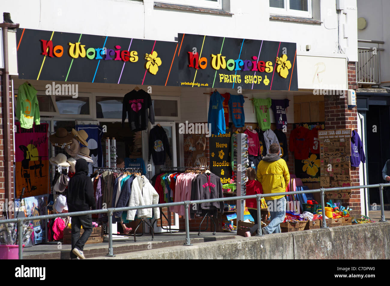 No Worries print shop in Padstow in May - Stock Image