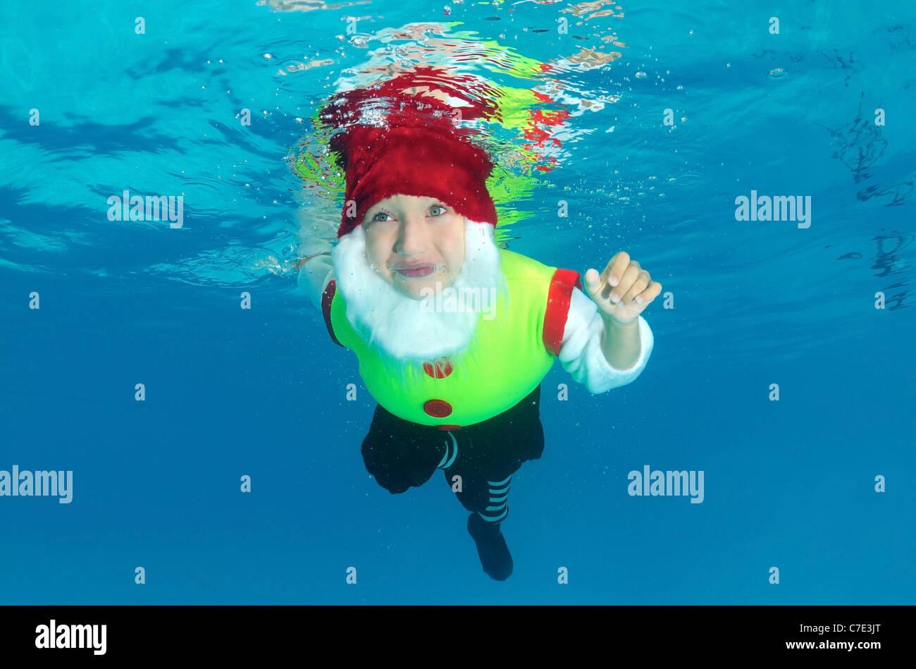Underwater ART / Fashion in pool - Stock Image