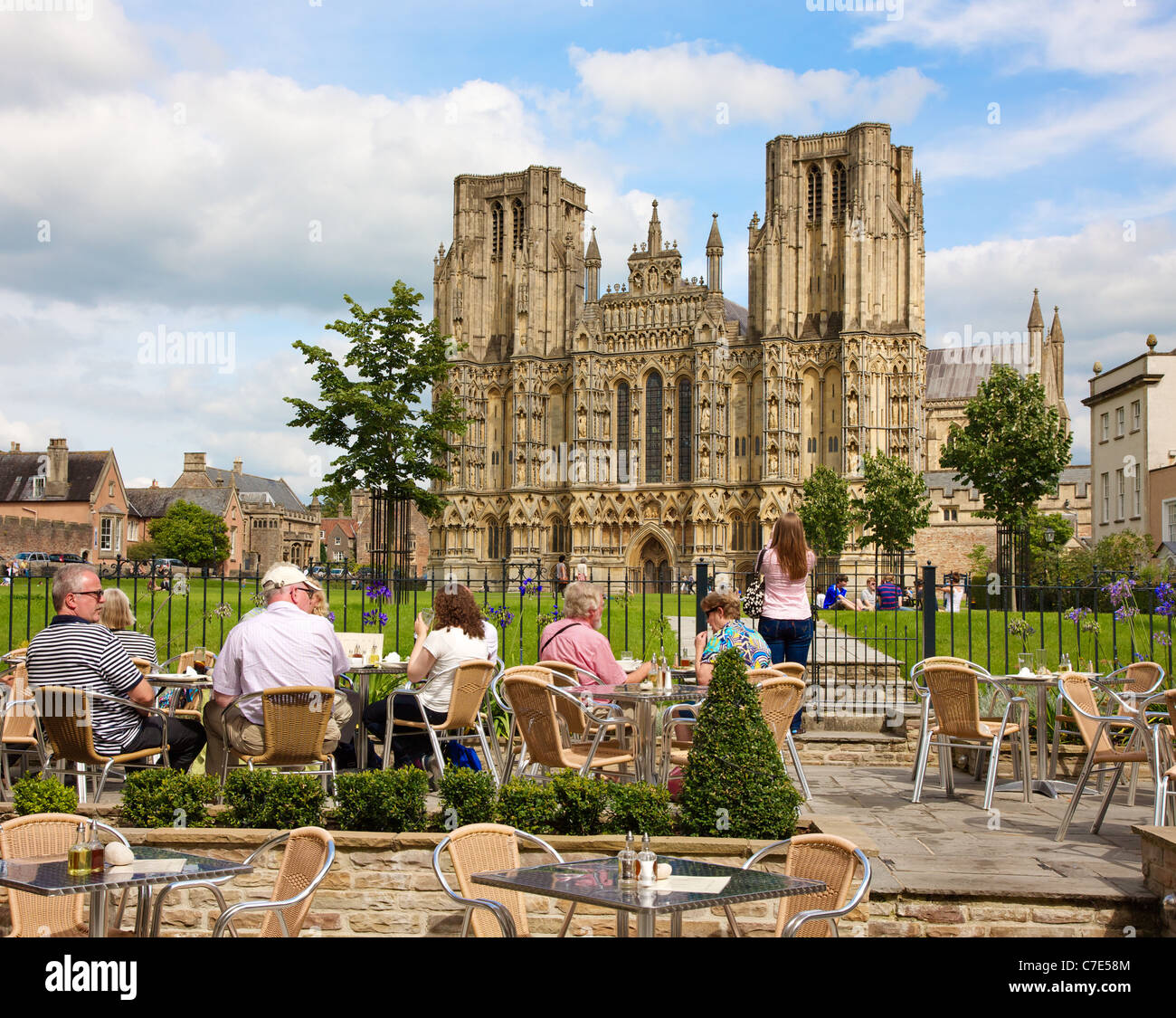 Terrace of the Swan Hotel in Wells Somerset enjoying a fine view of the cathedral - Stock Image