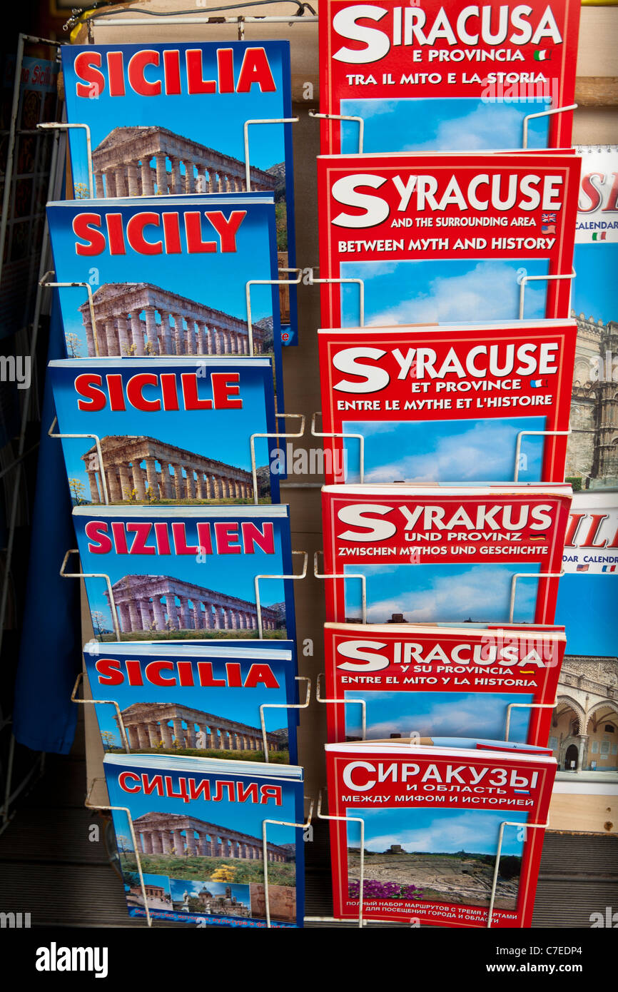 Syracuse and Sicily guide books for sale, Syracuse, Sicily, Italy - Stock Image