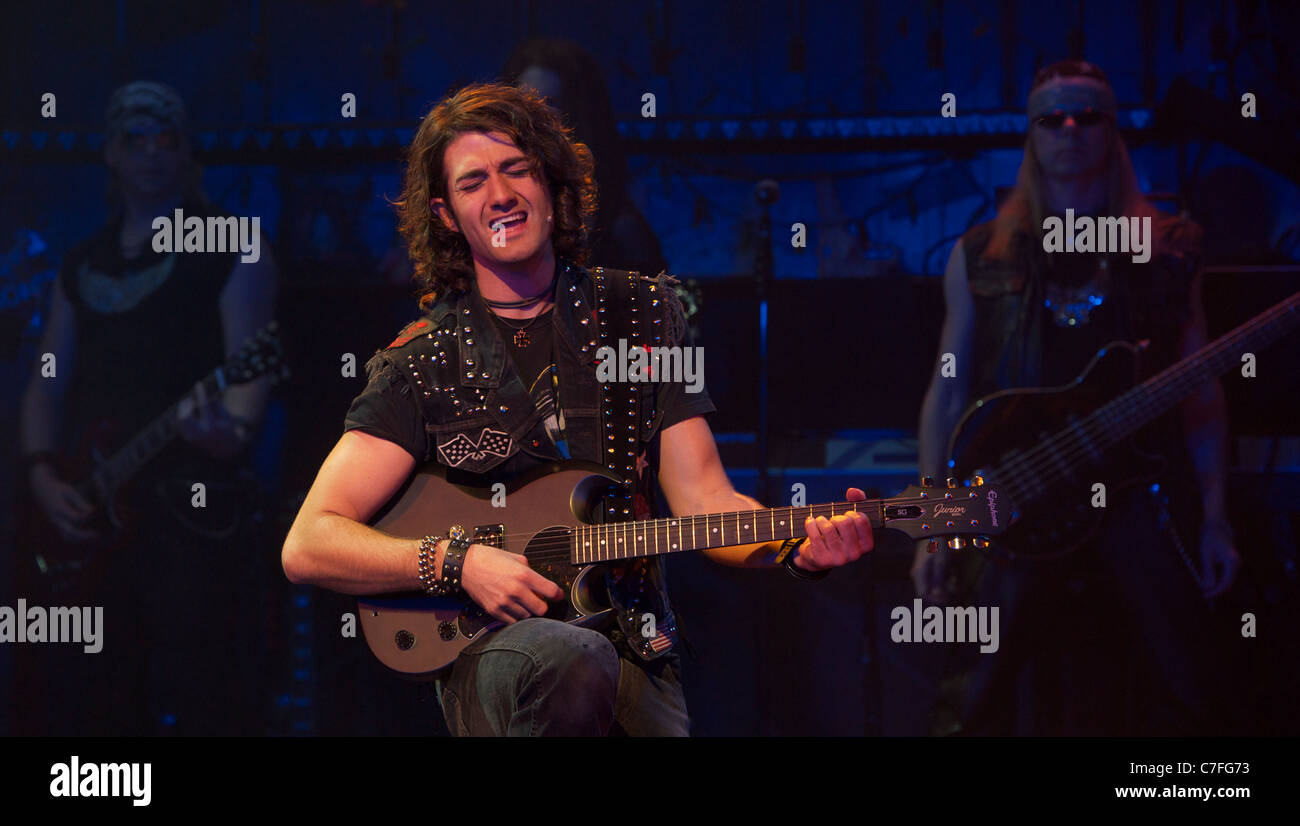 musical Roack of Ages staring Justin Lee Collins and Shayne Ward at the Shaftesbury theater - Stock Image