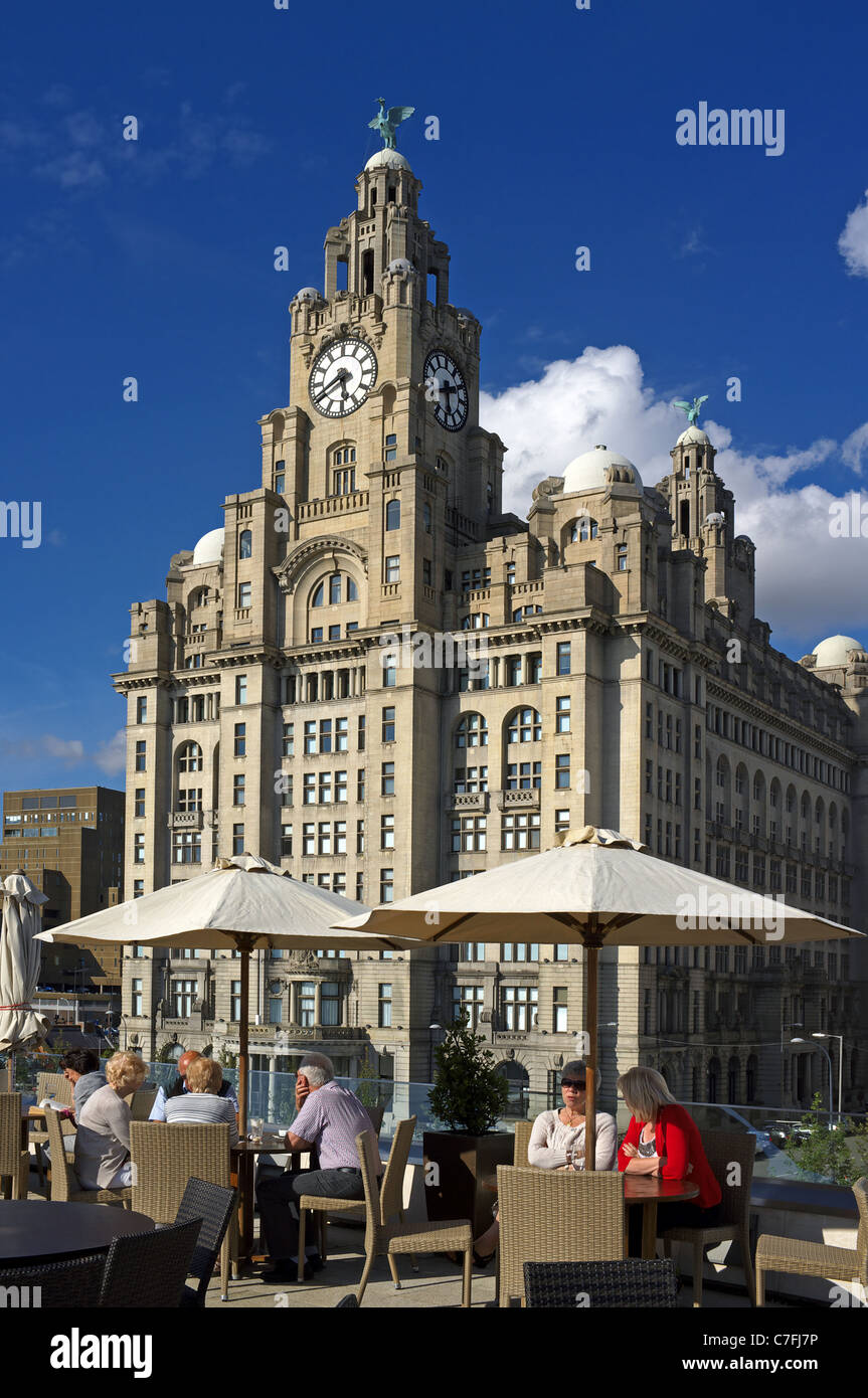 Liver building with the Liver Birds statues, Waterfront, Liverpool One, Liverpool, England, UK, Great Britain - Stock Image