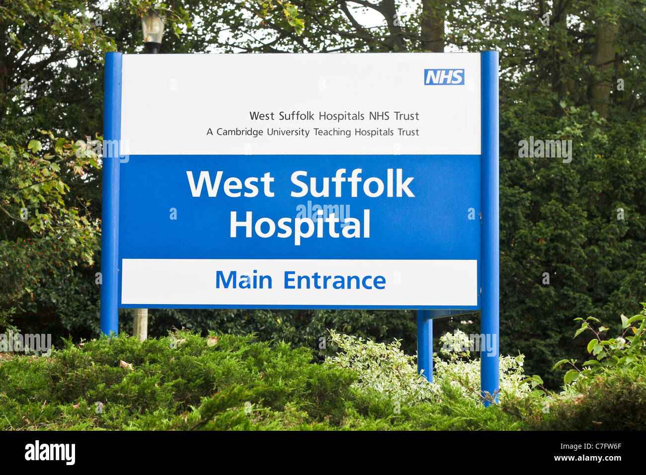 Entrance sign for the West Suffolk Hospital in Bury St Edmunds. - Stock Image