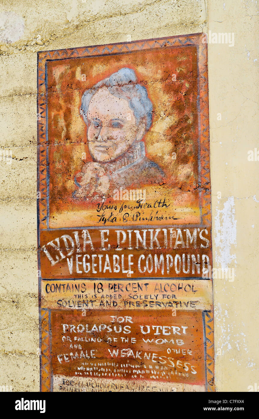 Old advertisement painted on Old West style building, Winthrop, Washington,, USA - Stock Image