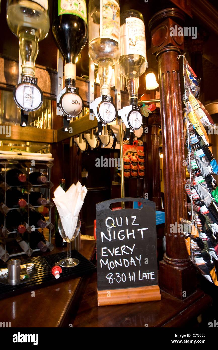 Pub Quiz at nightime in British Public House. Photo:Jeff Gilbert - Stock Image