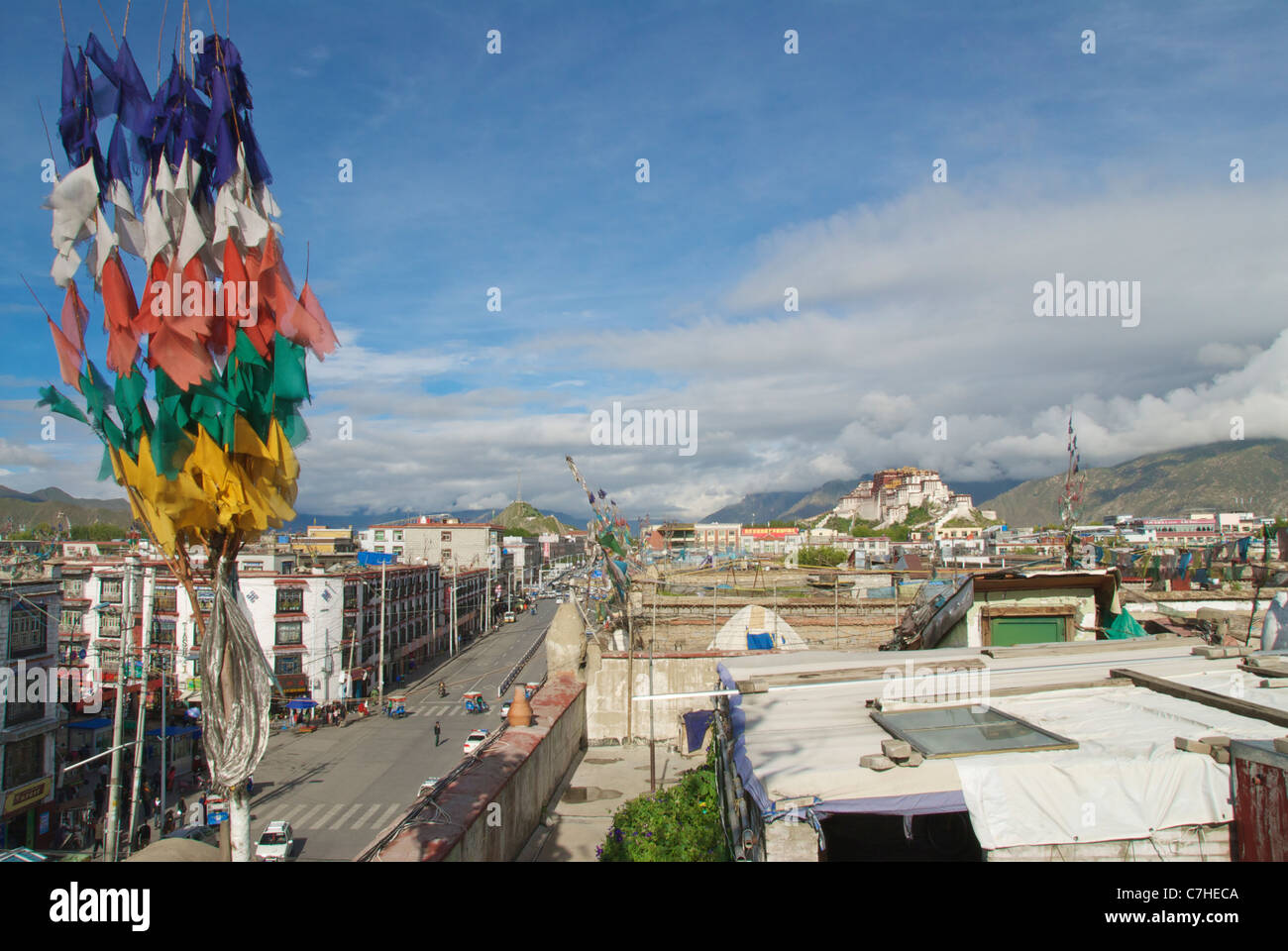 Lhasa looking West along Beijing East road to Potala palace - Stock Image