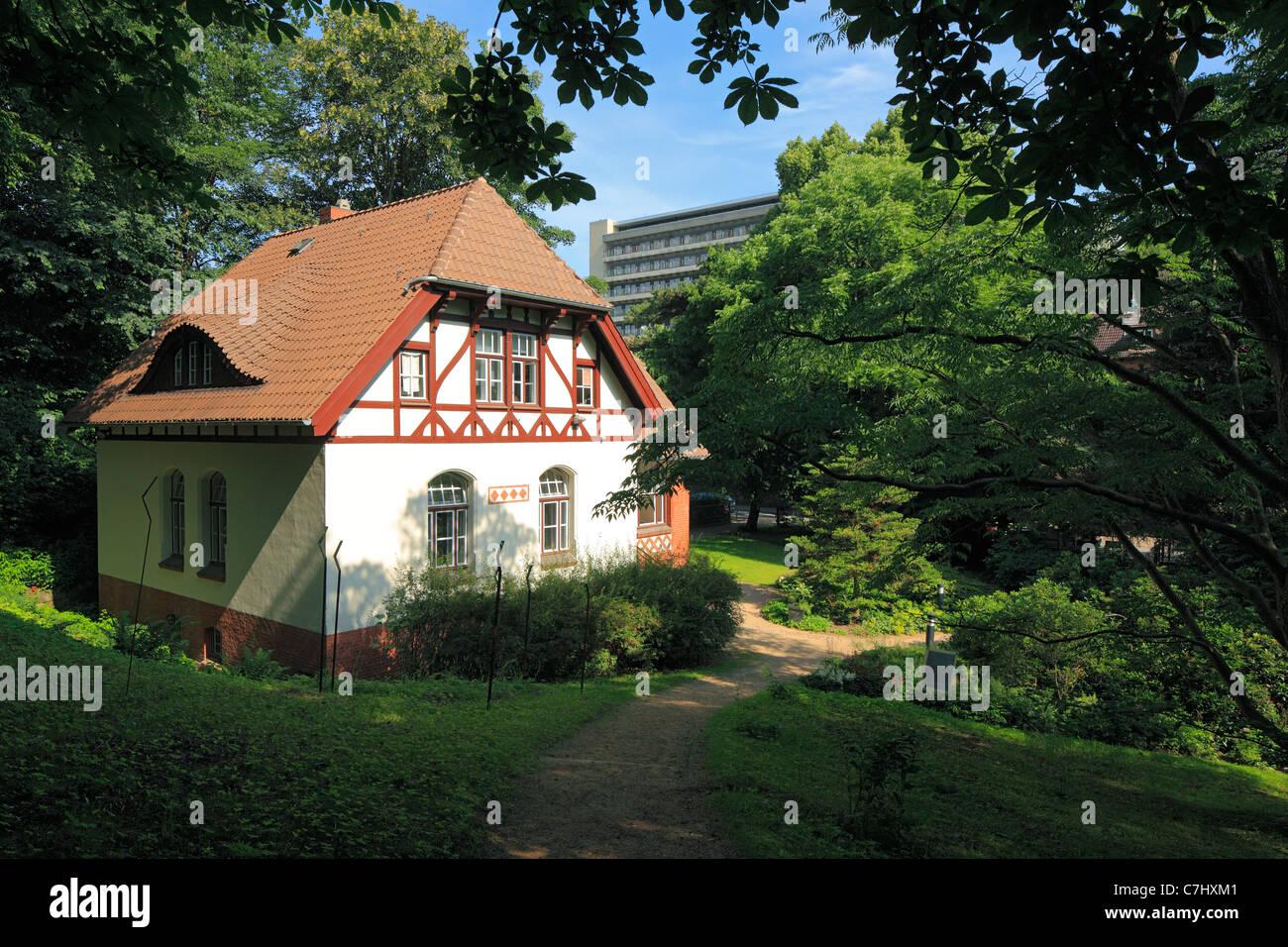 Alter Botanischer Garten Kiel: Literaturhaus Stock Photos & Literaturhaus Stock Images