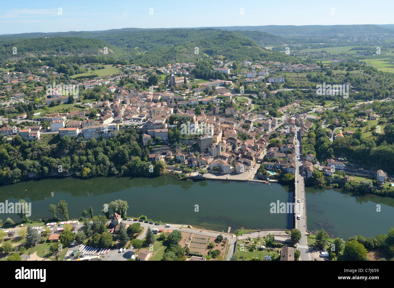 AERIAL VIEWS OF PUY-L'EVEQUE. MIDI-PYRENEES. FRANCE. - Stock Image