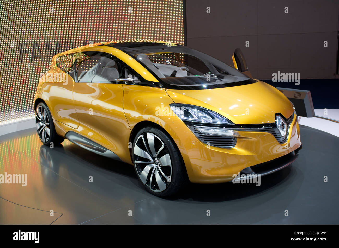 Renault R-SPace concept car at Frankfurt Motor Show or IAA 2011 in Germany - Stock Image