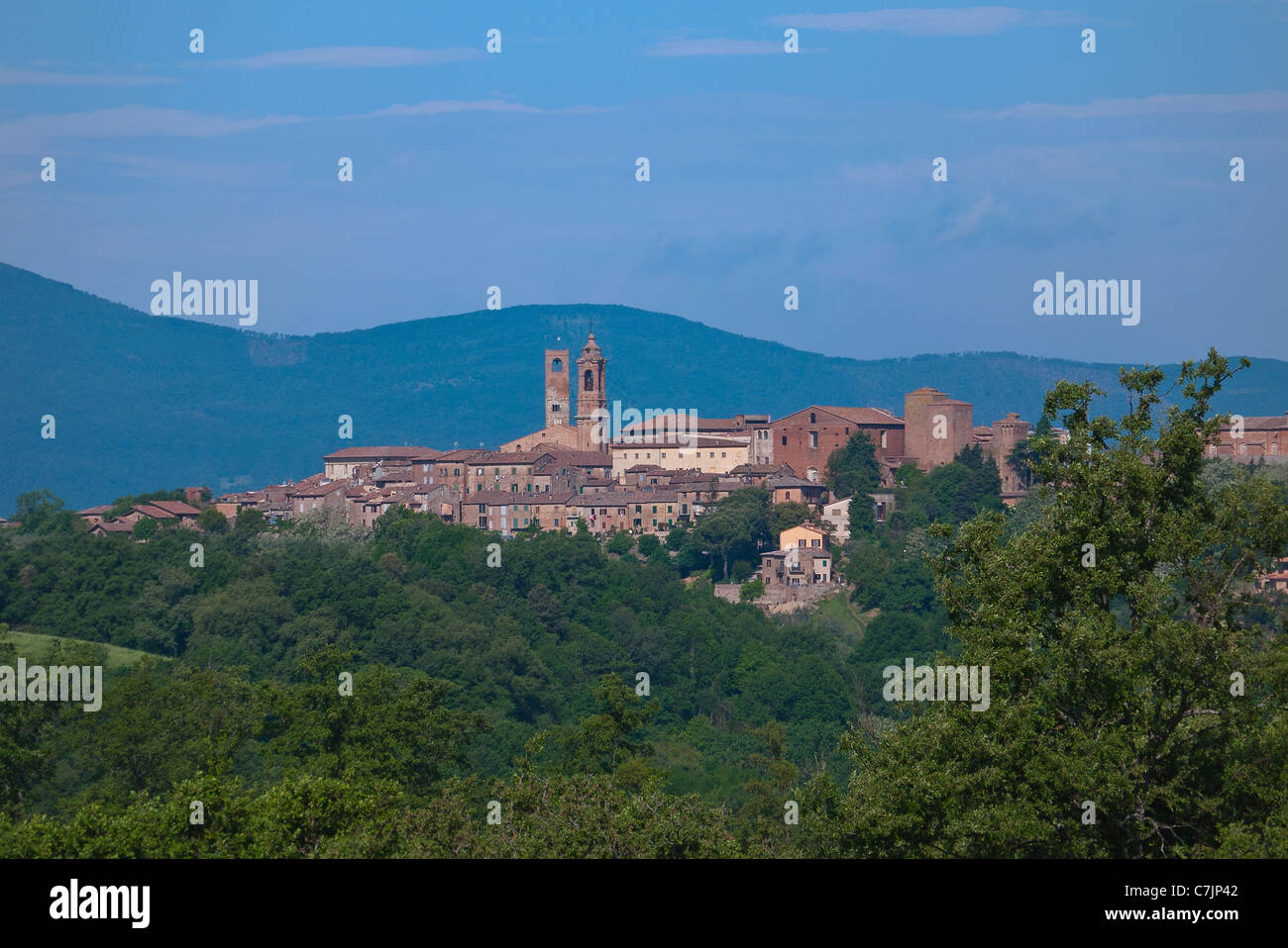 Distant view of the skyline of the medieval walled Umbrian town of Citta della Pieve, Italy. - Stock Image