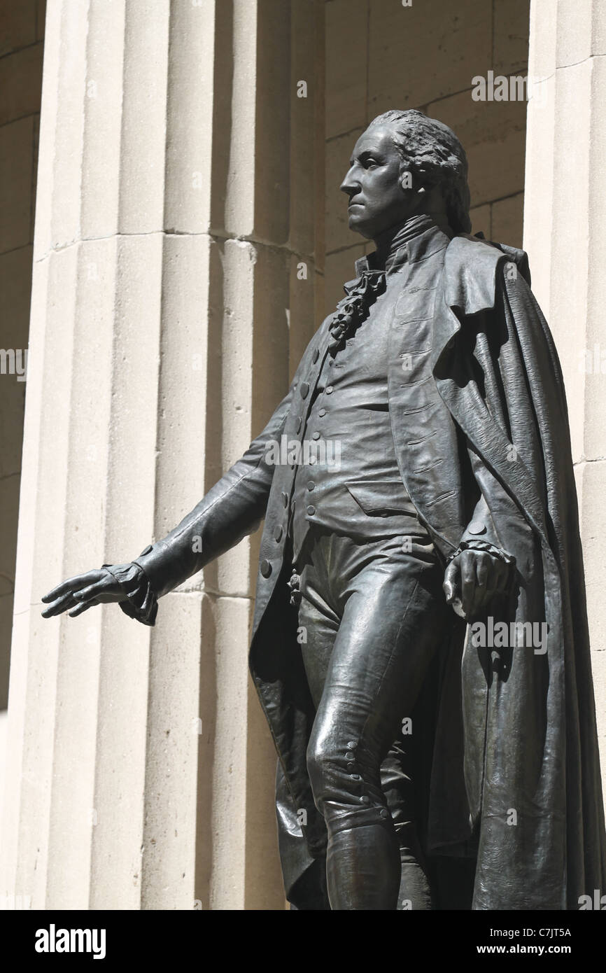 George Washington on Federal Hall National Memorial Building profile Stock Photo