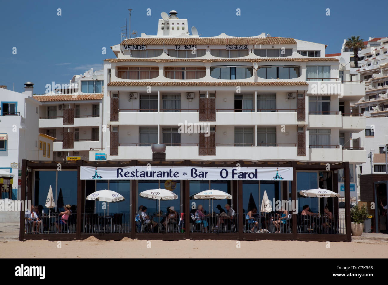 Portugal, Algarve, Albufeira, Beach & Restaurant - Stock Image