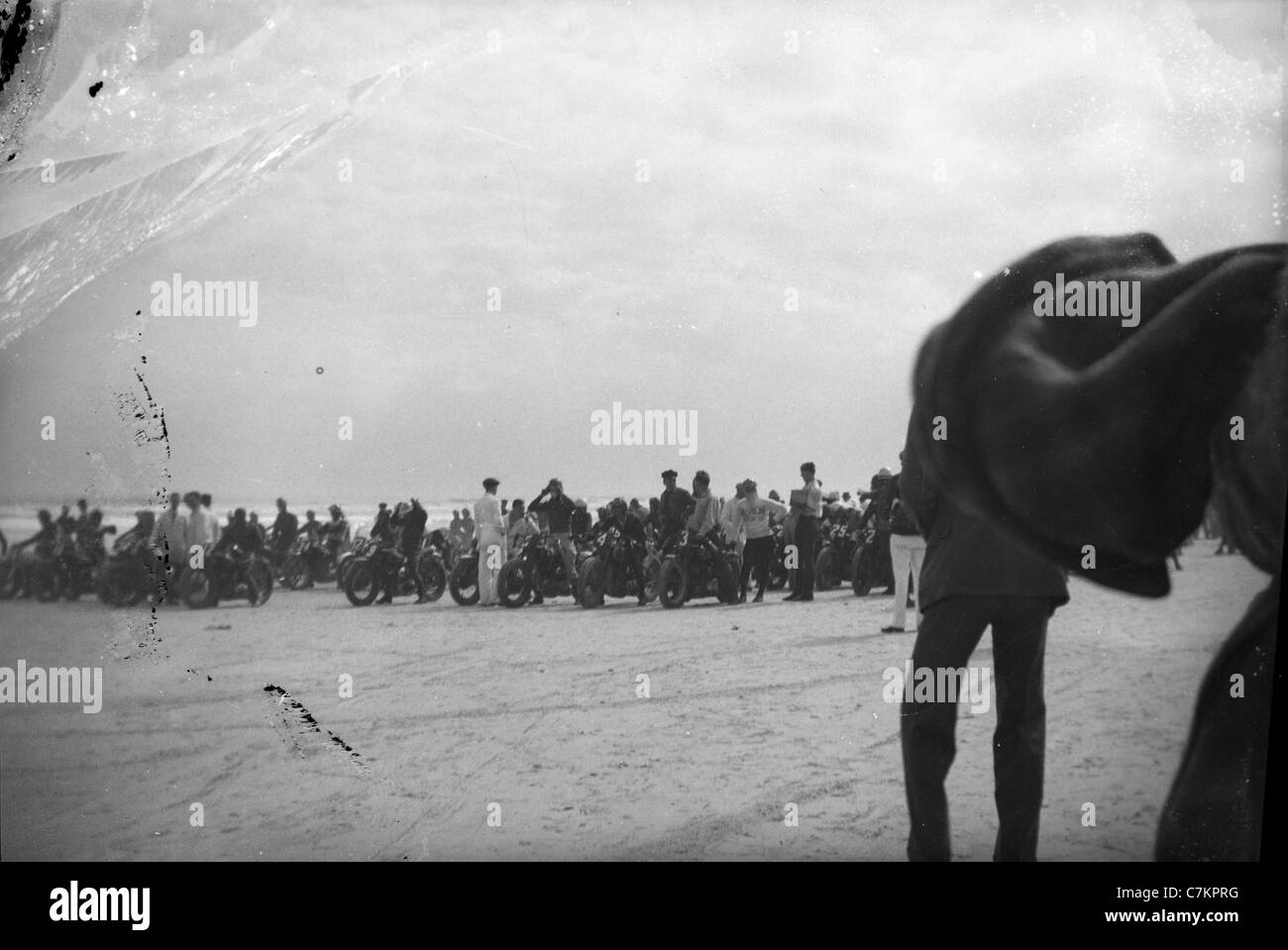 1930s motorcycle race Americana racing row motorcycles black and white horizontal - Stock Image