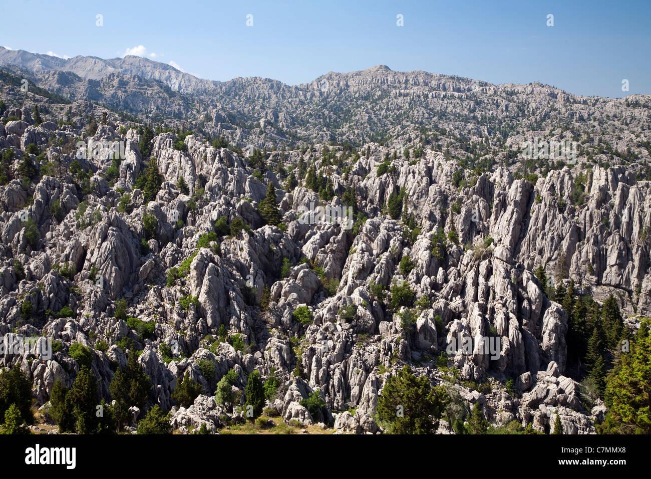 Karstic geology of Taurus Range in Mediterranean Turkey - Stock Image