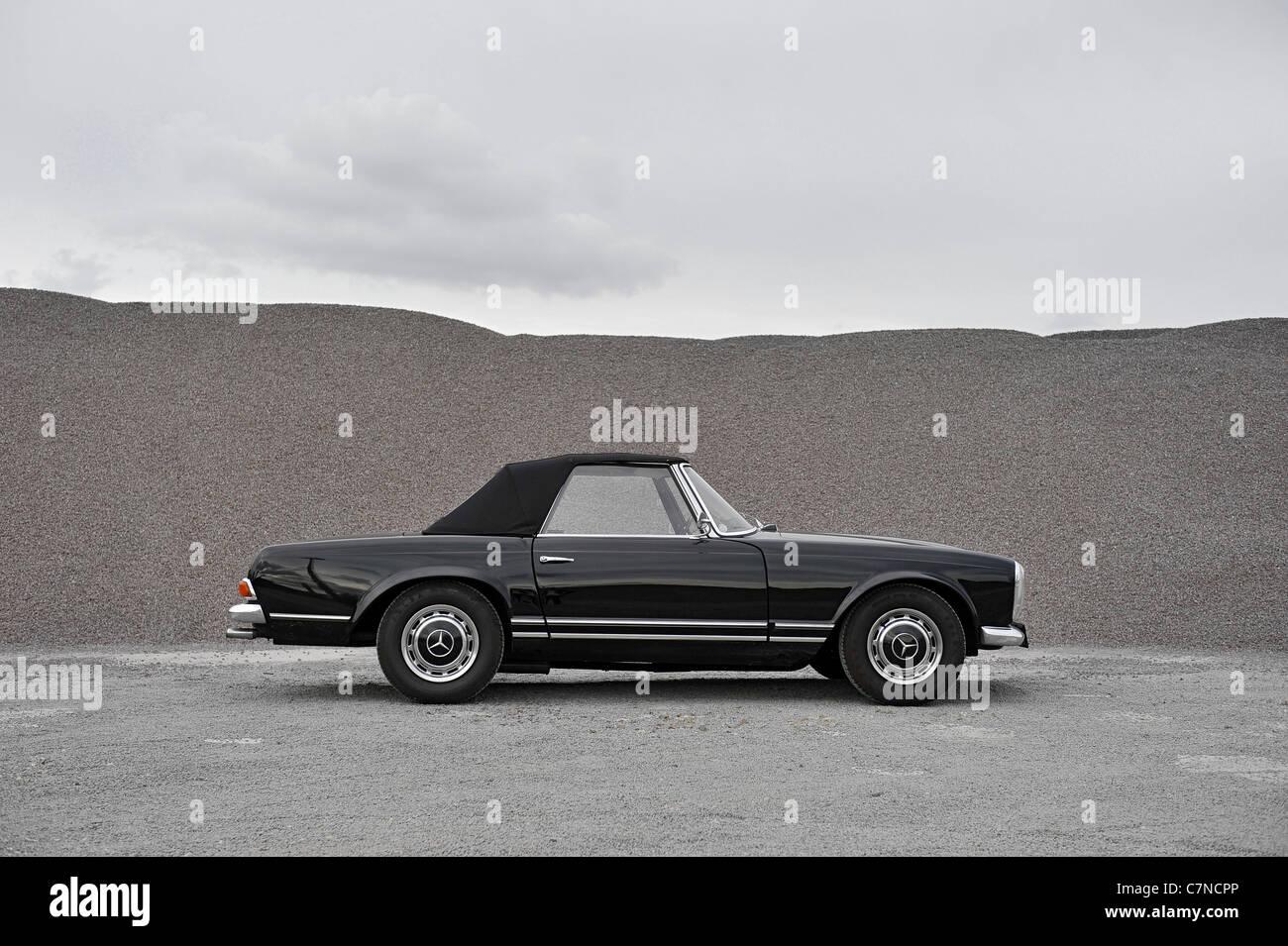 Mercedes Benz 230 SL Pagode, vintage car, collectible, collector\'s ...