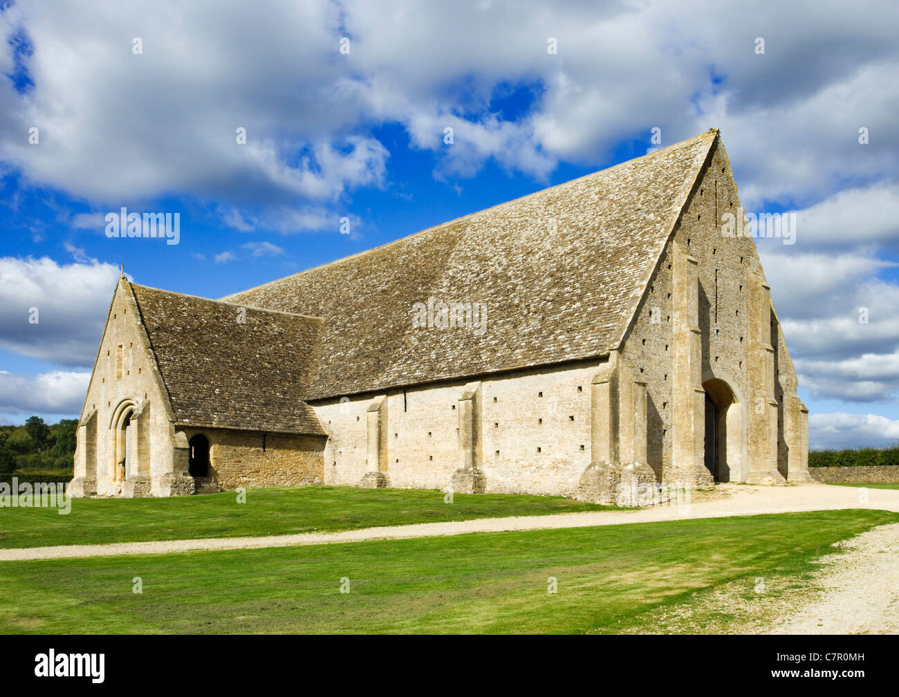Great Coxwell Barn, Oxfordshire, UK. Built in 13th century. - Stock Image