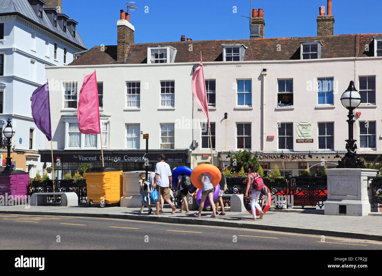 Holidaymakers on The Parade, in Margate, Kent, England, UK - Stock Image