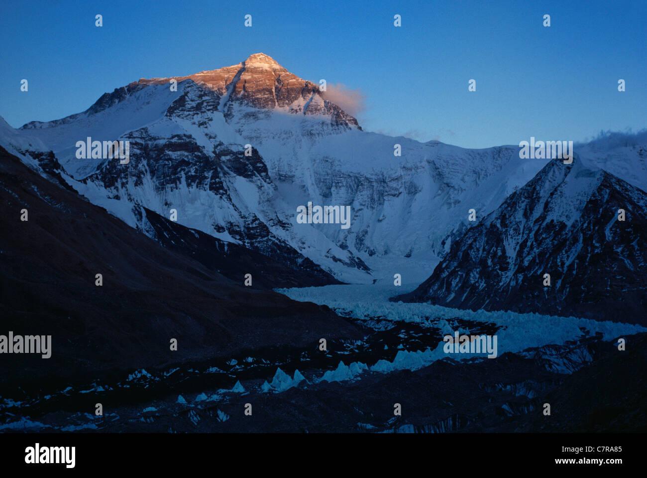 Mt. Everest and Rongbuk Glacier, Tibet, China - Stock Image