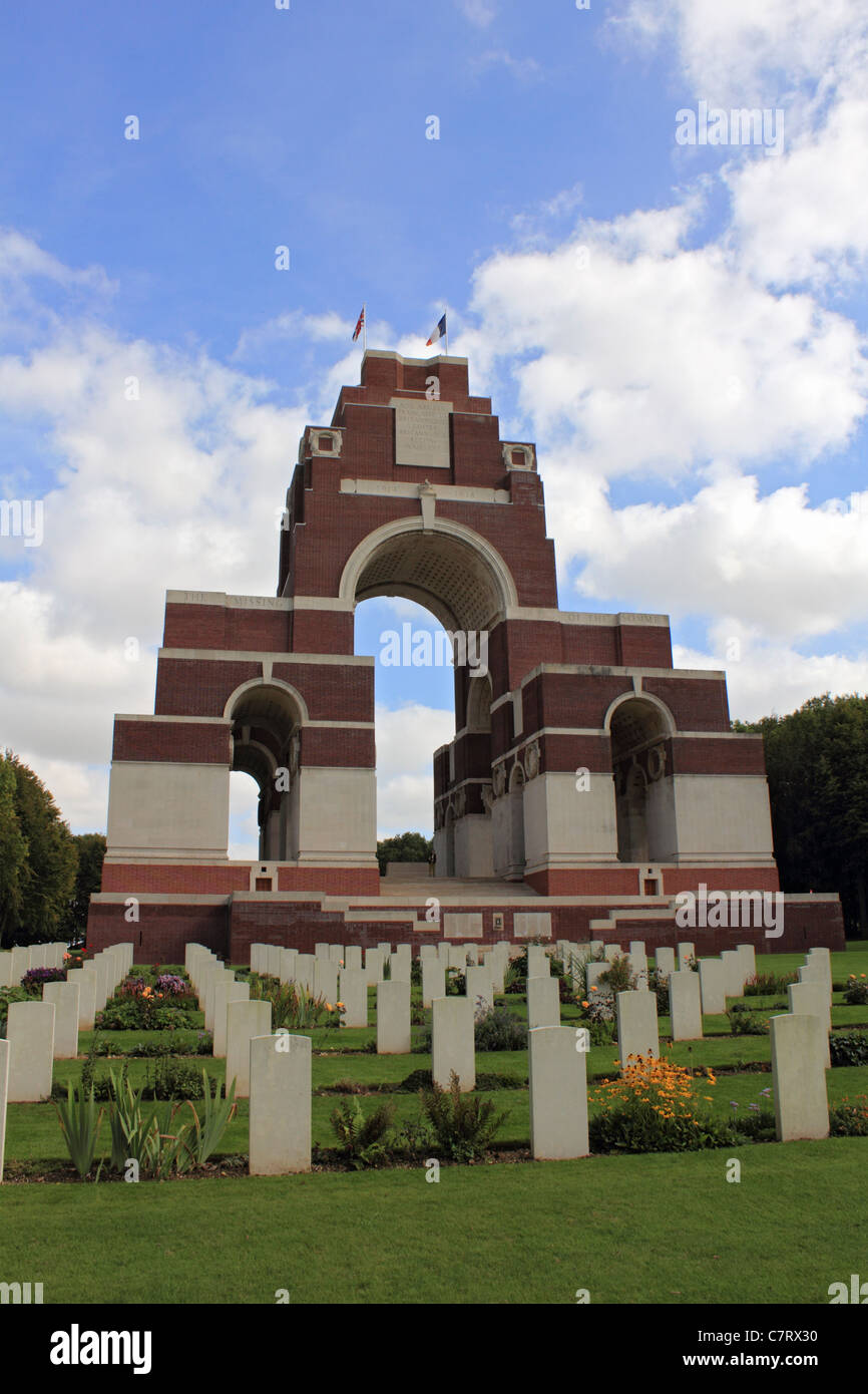 Thiepval memorial to the dead and missing soldiers at the battle of the Somme, during WW1. Picardie, France. - Stock Image