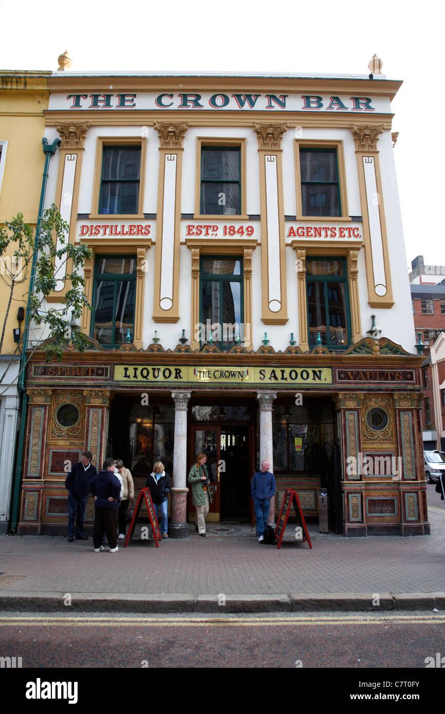 The Crown Liquor Saloon Bar, Belfast city centre, Northern Ireland, UK. - Stock Image