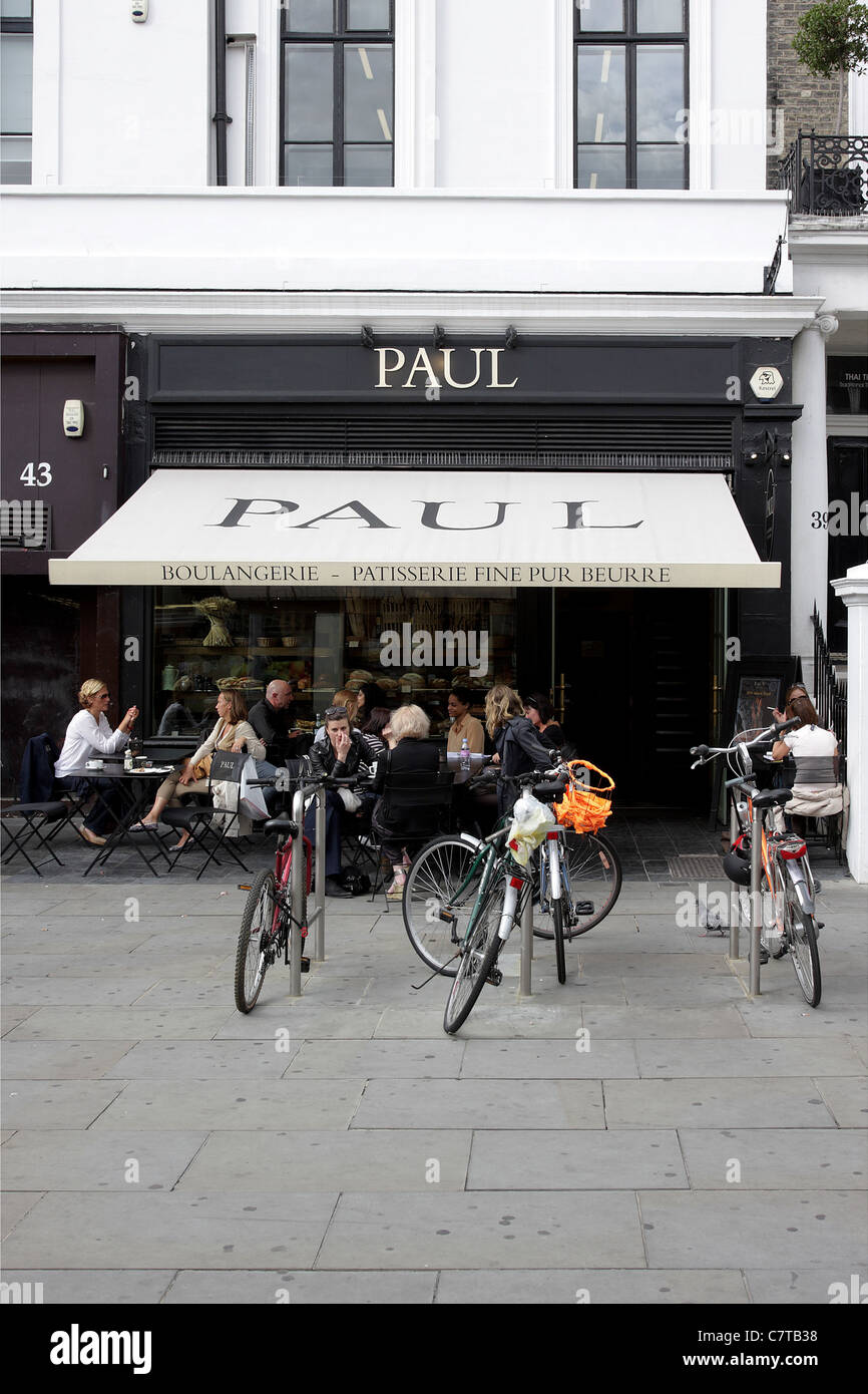 Paul patisserie in Thurloe Street in the French Quarter of South Kensington, London. - Stock Image