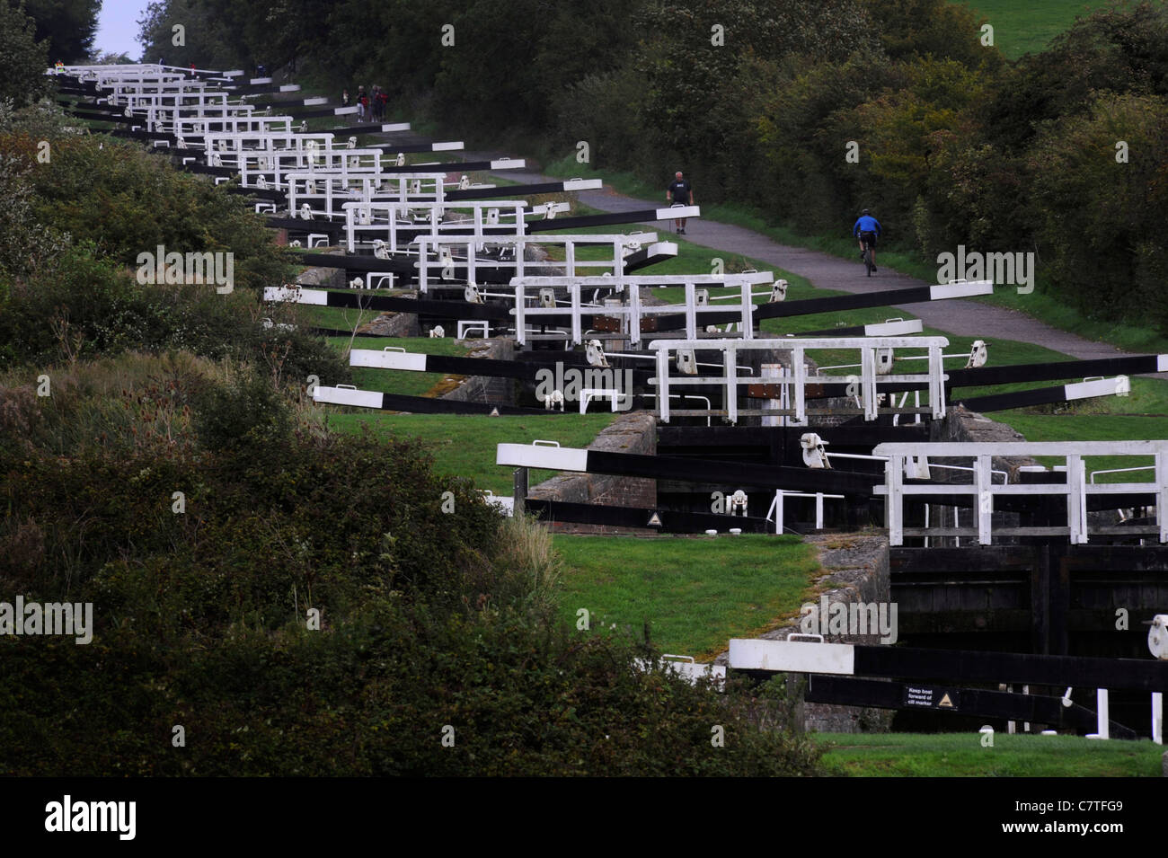 The Caen Hill locks on the Kennet and Avon Canal near Devizes, Wiltshire, - Stock Image