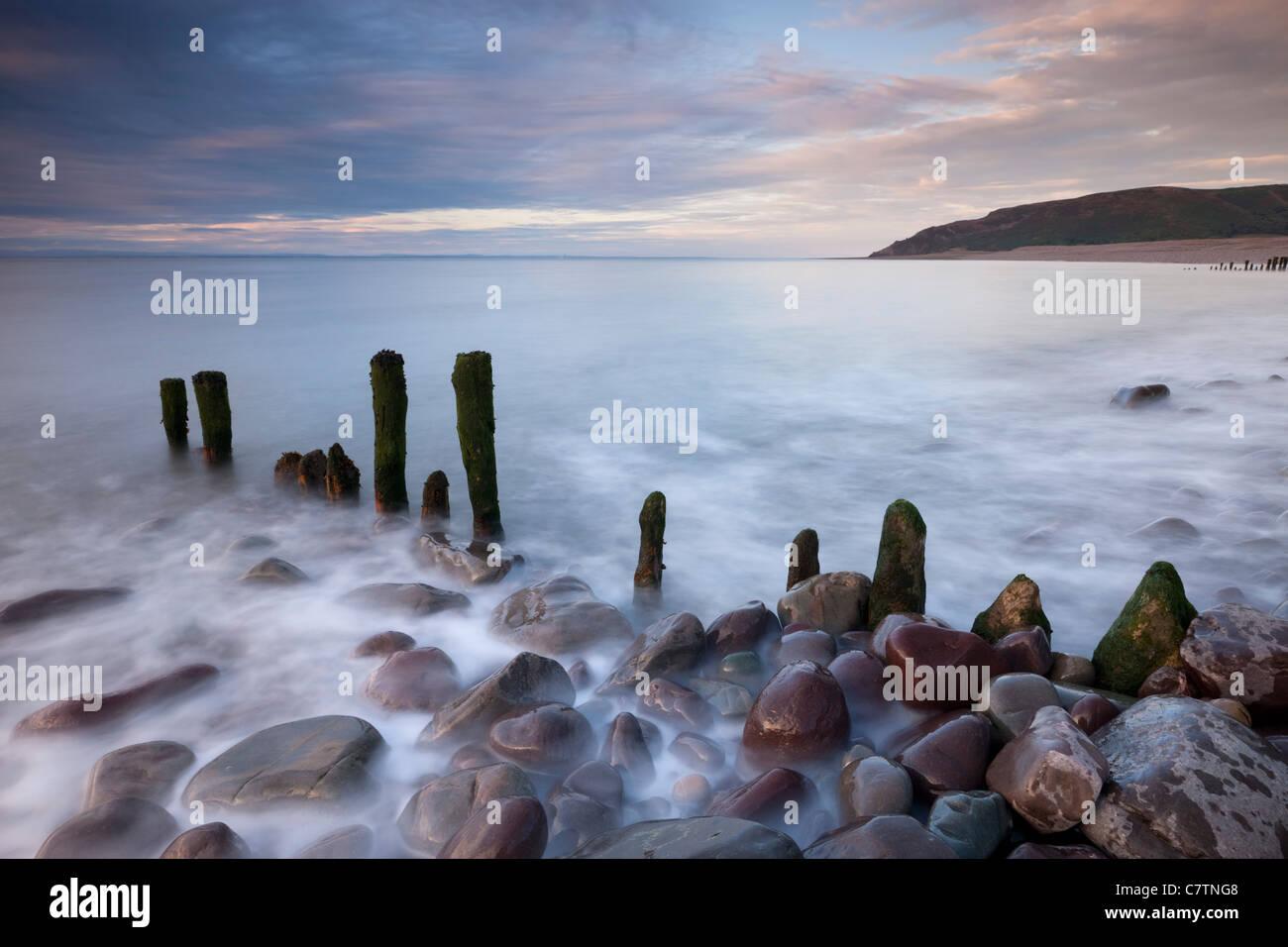 Wooden groyne on Porlock Beach, Exmoor, Somerset, England. Summer (August) 2011. - Stock Image