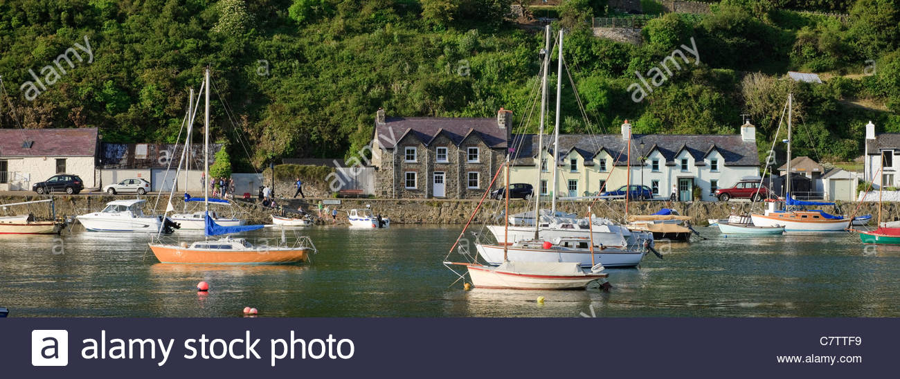 Lower Fishguard Pembrokeshire Wales - Stock Image