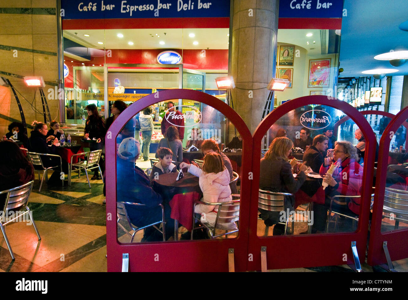 Italy, Lombardy, Milan. Cafe - Stock Image