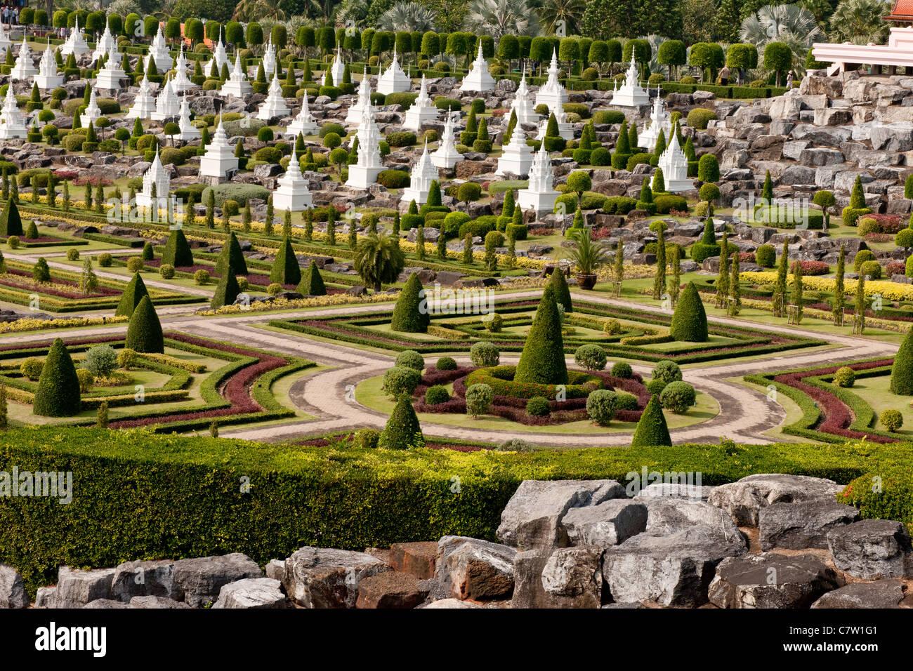 Thai Garden Stock Photos & Thai Garden Stock Images - Alamy
