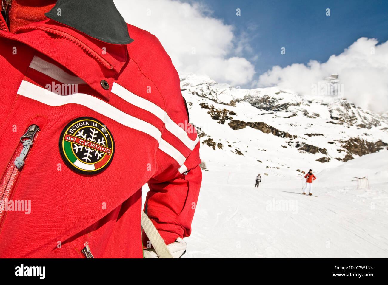 Italy, Aosta Valley, Cervinia, ski instructor - Stock Image