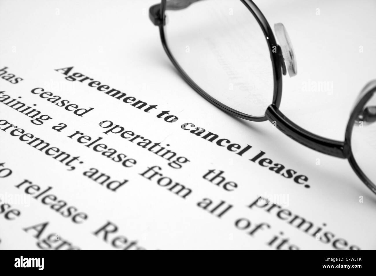 Agreement To Cancel Lease Stock Photo 39276739 Alamy