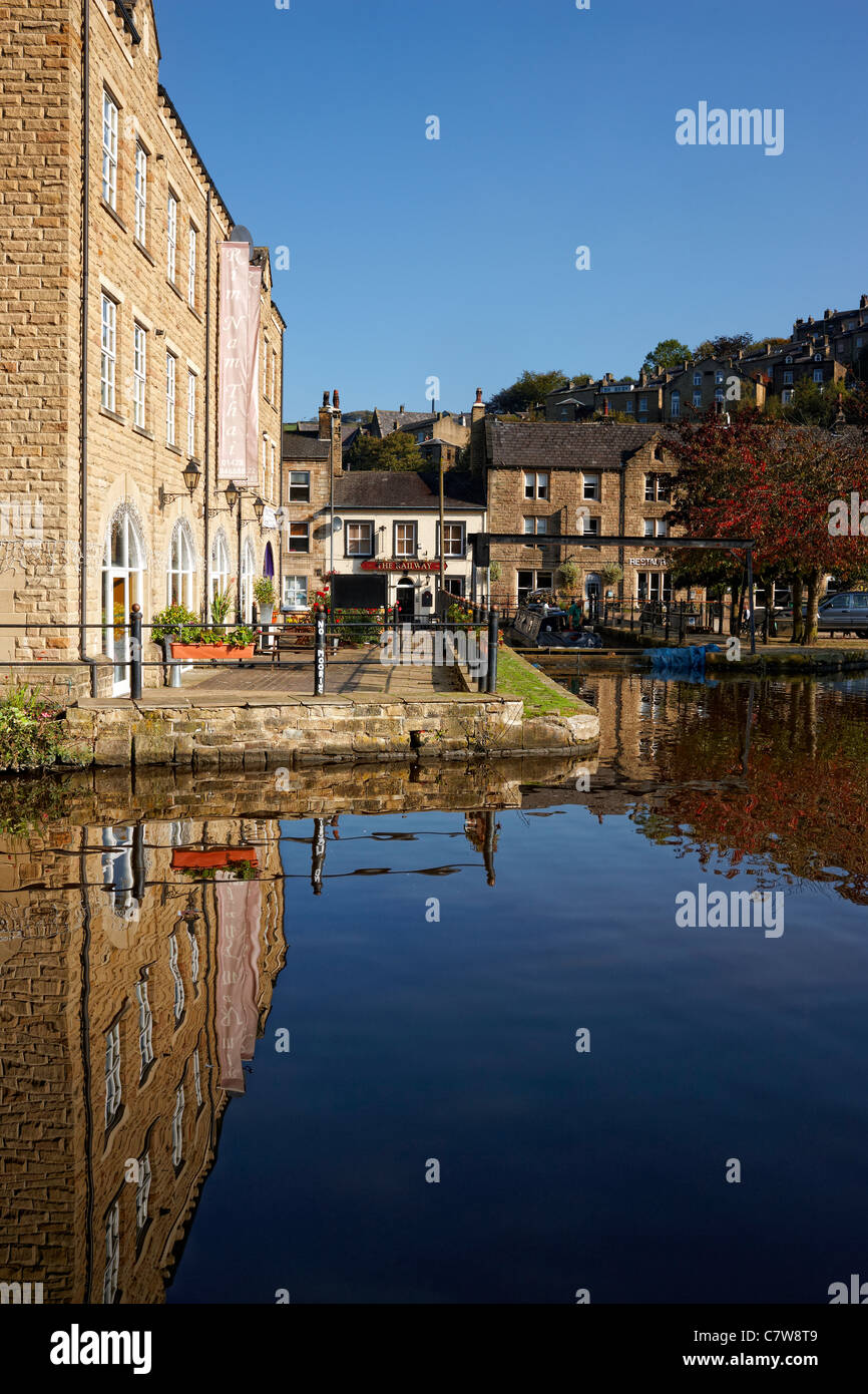 Butlers Wharf on the Rochdale Canal at Hebden Bridge, West Yorkshire - Stock Image