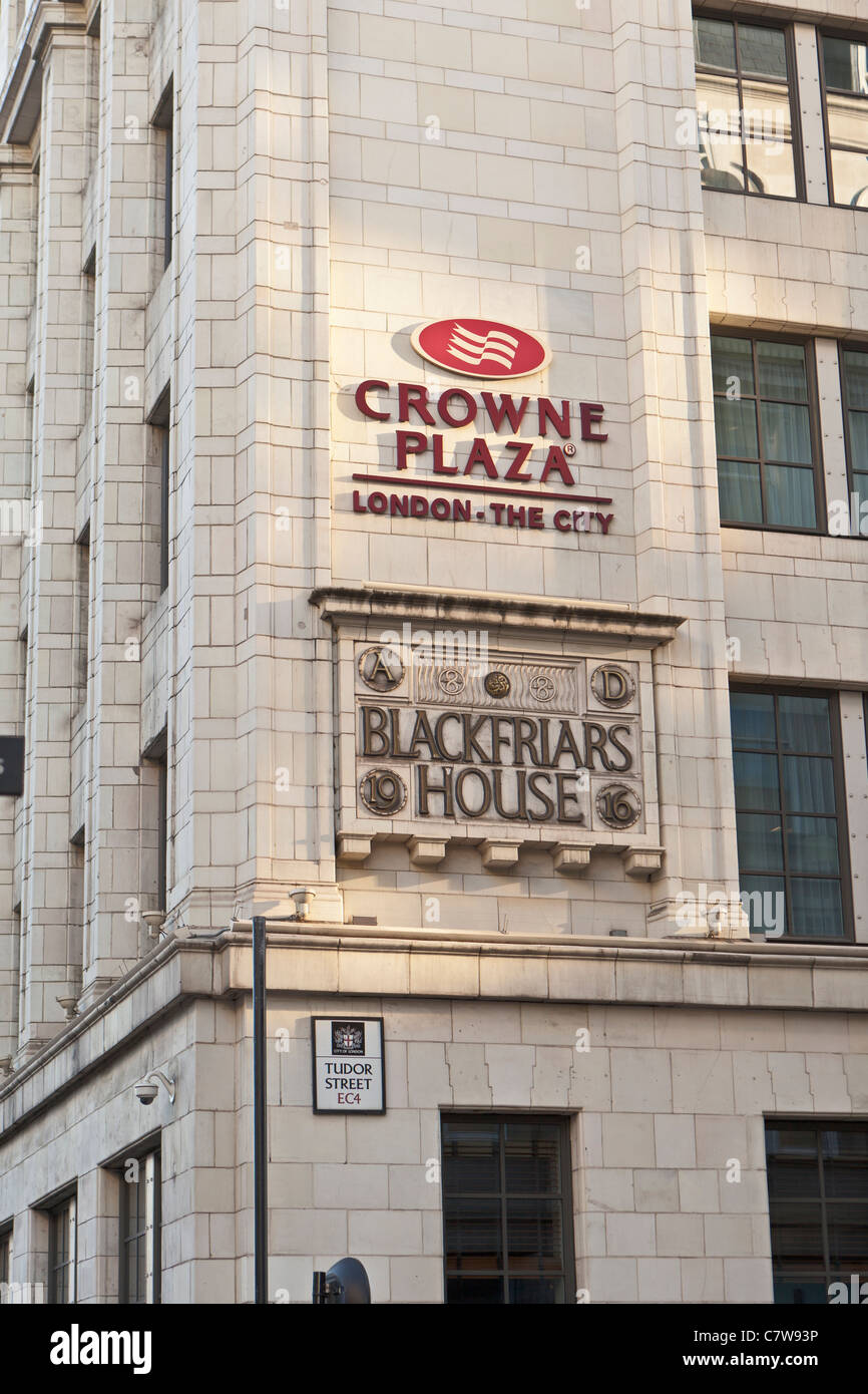 The Crowne Plaza Hotel in Blackfriars, London, England. - Stock Image