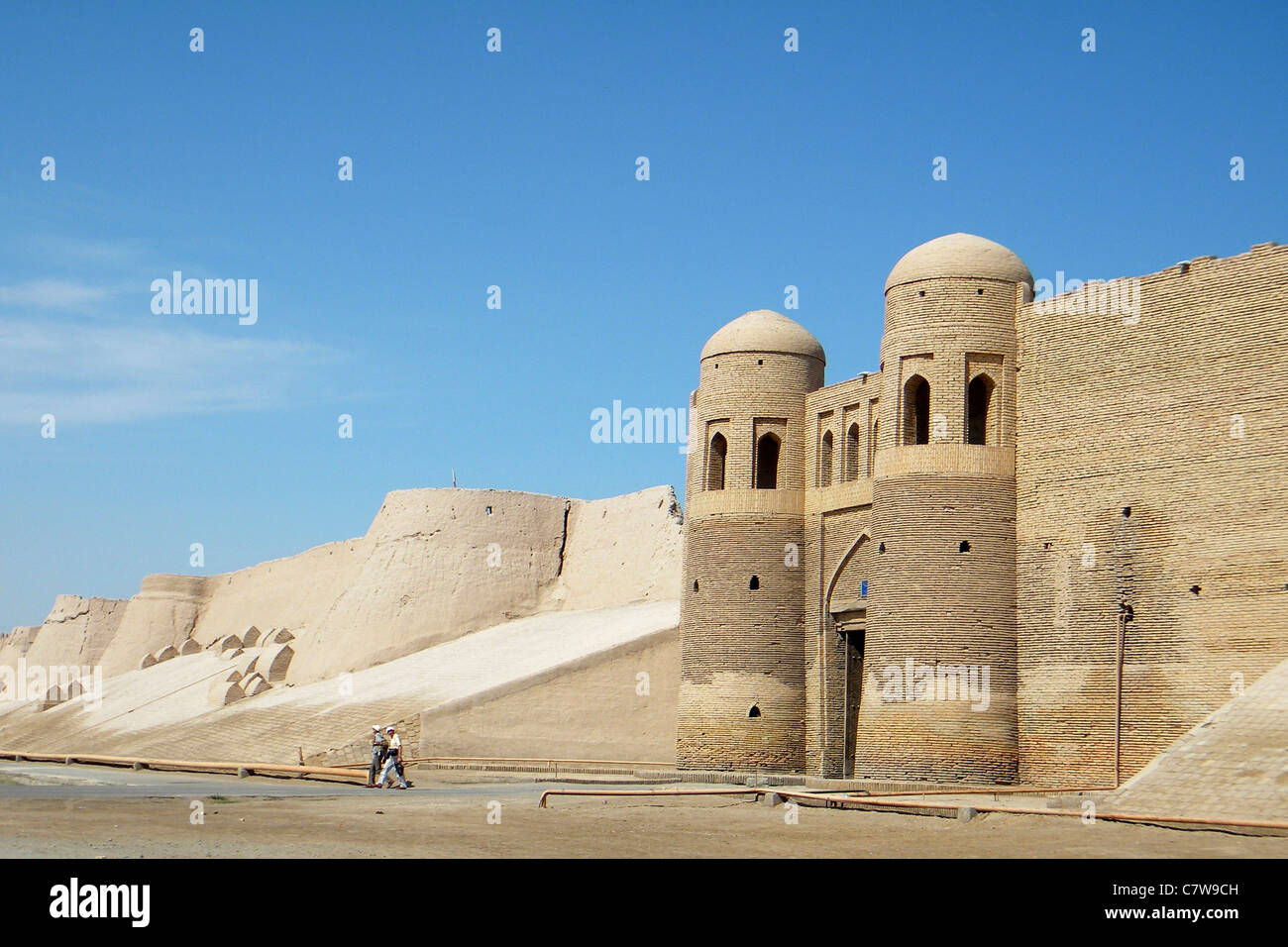 Uzbekistan, old town of Khiva, Gate Ota Darvoza - Stock Image