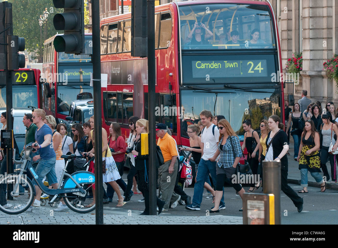 traffic congestion in london essay Traffic congestion is one of the main problems in big cities like london, new york, copenhagen, and delhi the primary causes of it are high population and movement of people.