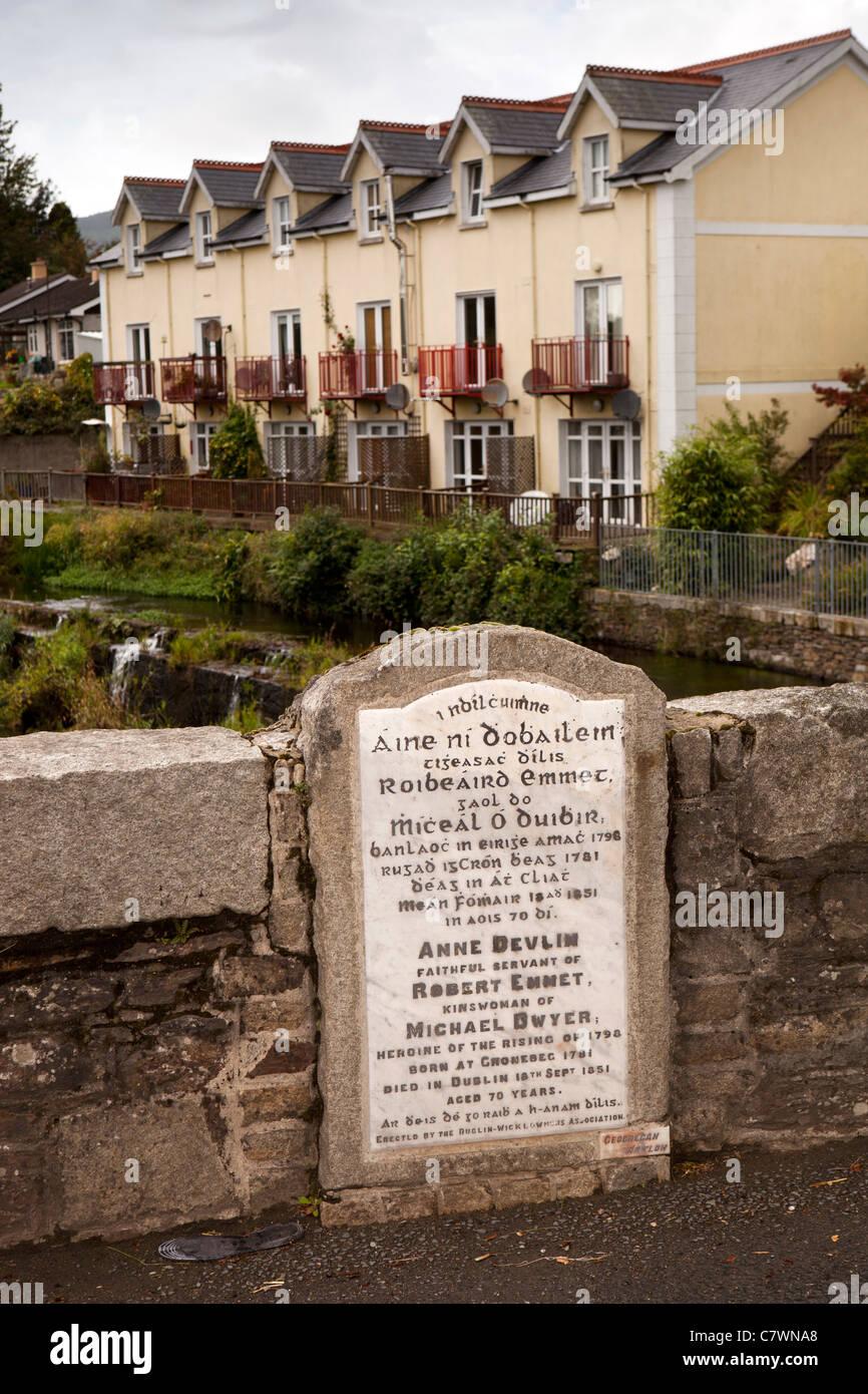 Ireland, Co Wicklow, Aughrim, Anne Devlin, hero of 1798 rebellion memorial plaque on bridge over river - Stock Image