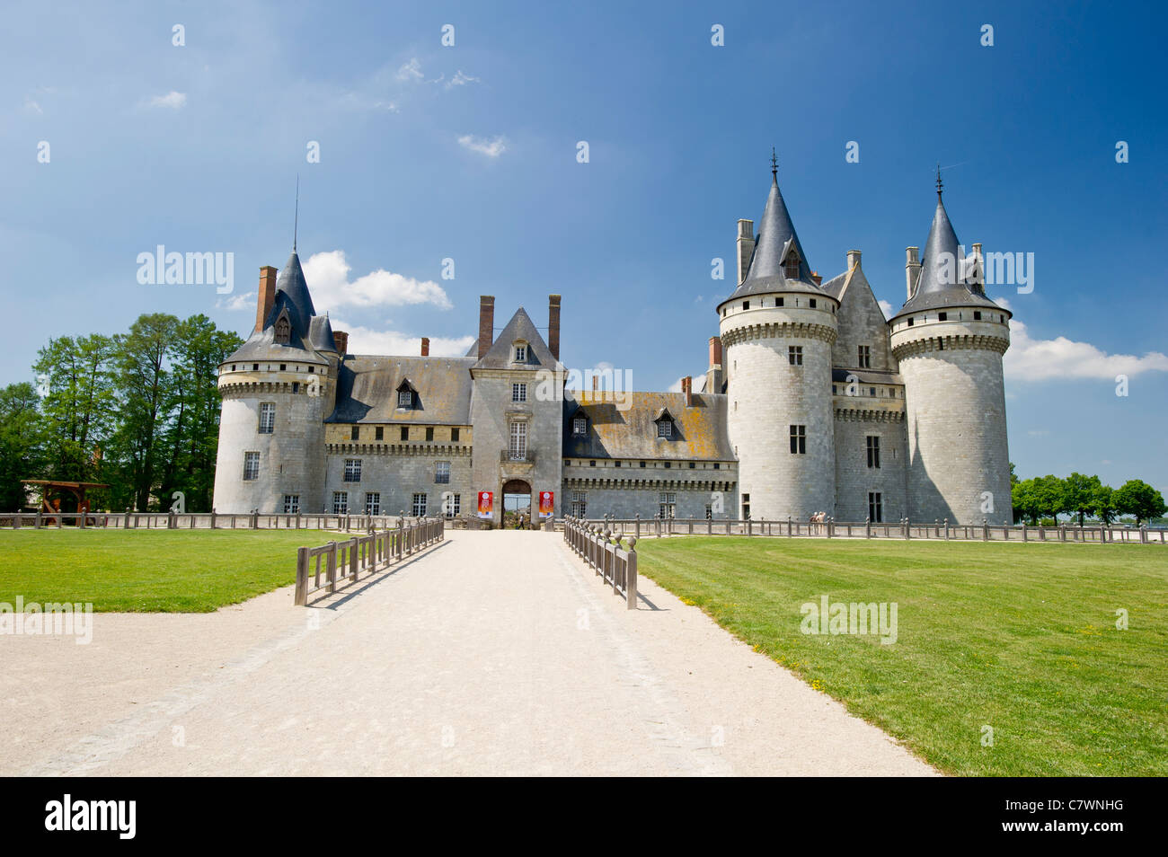 Chateau of Sully-sur-Loire, finest castle in Loire Valley. - Stock Image