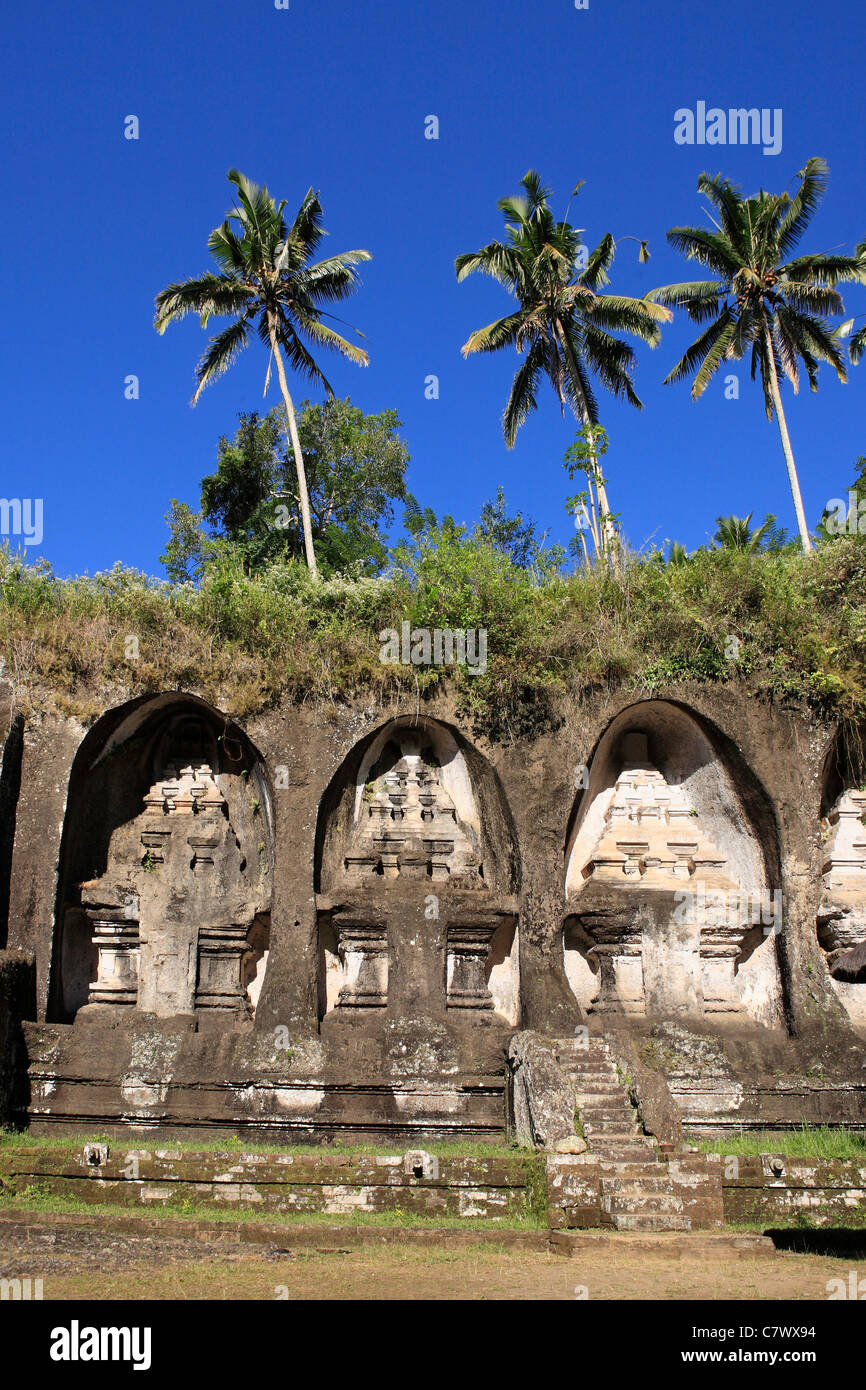 Gunung Kawi is an 11th century complex of royal tombs, located at Tampaksiring, near Ubud. Bali, Indonesia. - Stock Image