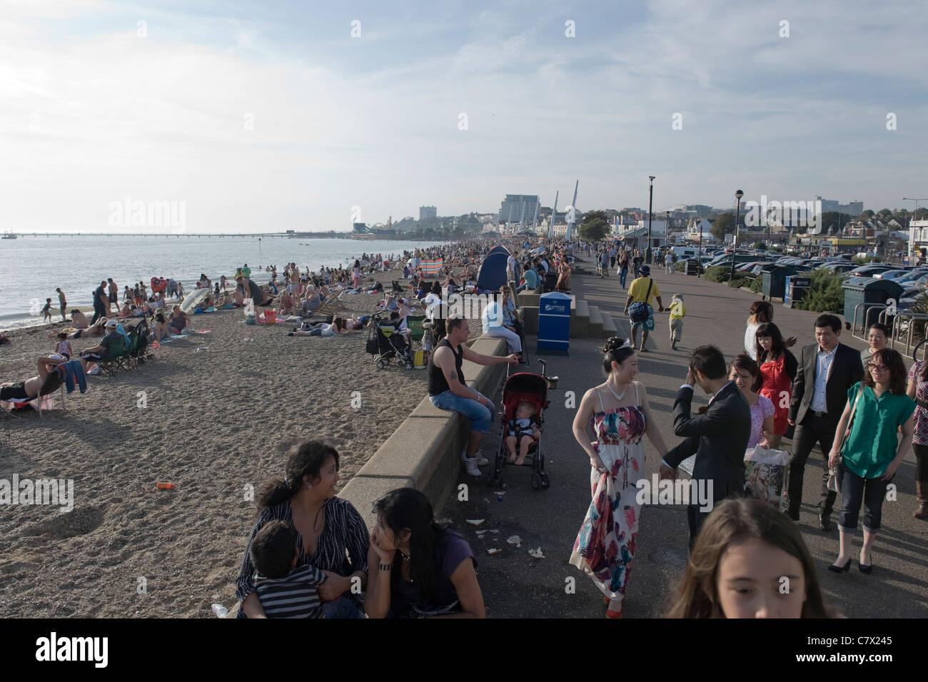 Southend-on-sea heatwave October 2011 - Stock Image