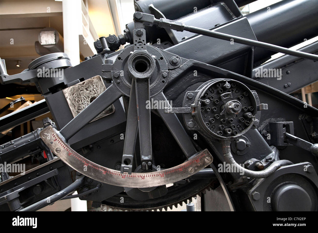 German 88mm anti-aircraft gun elevation guide and workings. Imperial war Museum London. - Stock Image