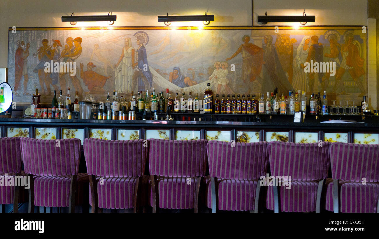 Bar & Wall painting, Cafe Americain, Amsterdam, an Art Deco building ...