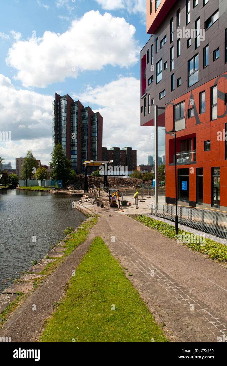 Islington Wharf and The Chips apartment buildings, beside the Ashton Canal, New Islington district, Manchester, - Stock Image