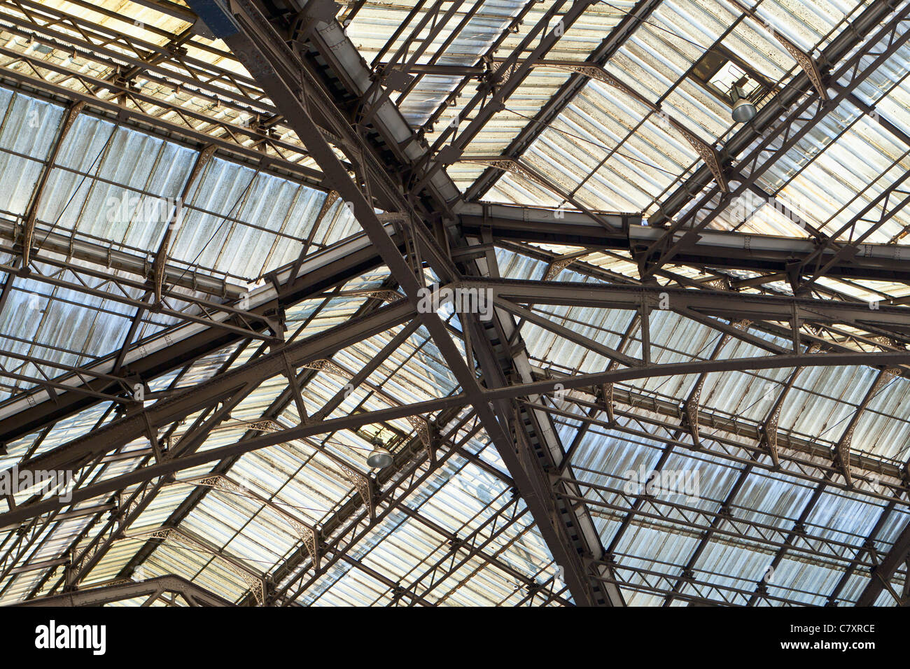 Glass roof at Liverpool Street station, London, UK - Stock Image