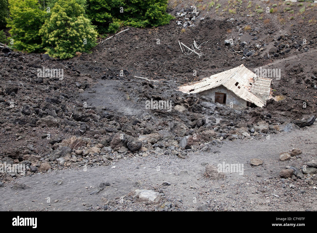 Natural disasters, abandoned house destroyed by the lava, Mount Etna, Etna volcano, Sicily, Sicilia, Italy - Stock Image