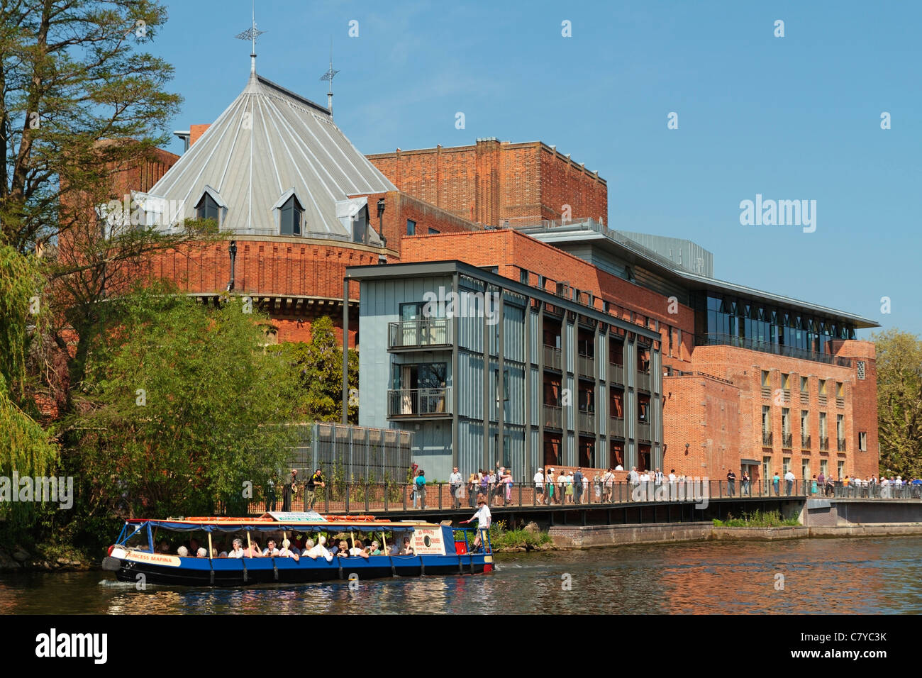 Royal Shakespeare Theatre, River Avon, Stratford-upon-avon, Warwickshire, England, United Kingdom Stock Photo