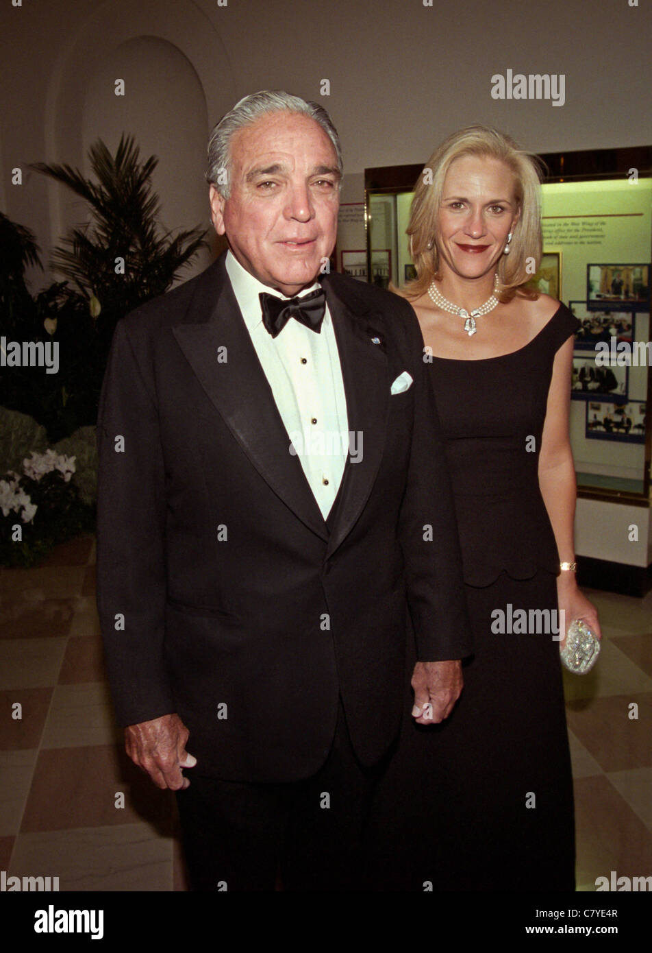 Alfonso Fanjul chairman and CEO, Florida Crystals Corp and fiancé Lourdes Gutierrez arrive for a White House - Stock Image