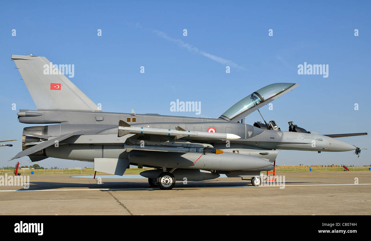 A Turkish Air Force F-16D Block 50 at the Izmir Air Show in Turkey. - Stock Image