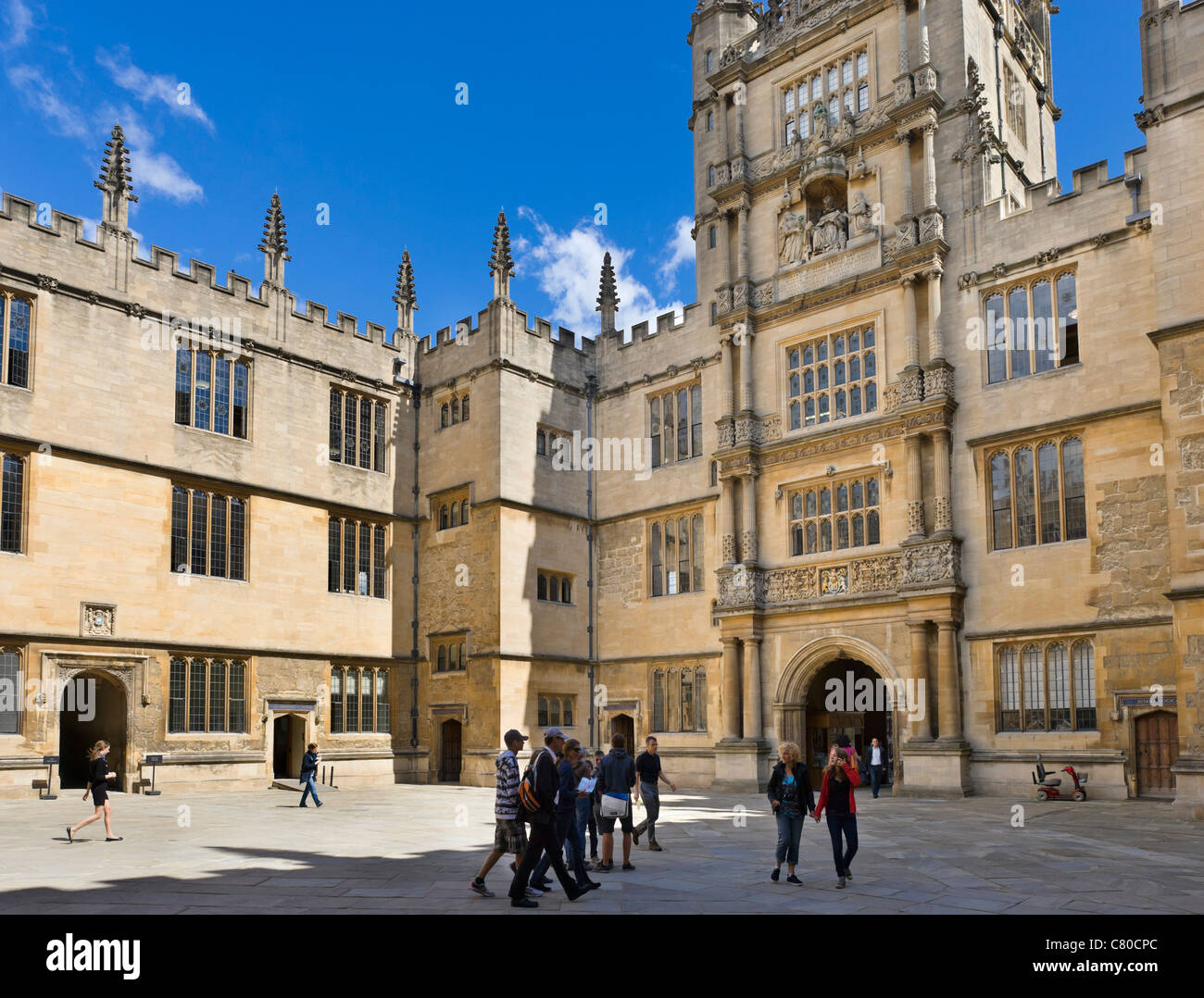 Oxford University. Courtyard of The Bodleian Library (Old Schools Quadrangle), Oxford, England, UK - Stock Image